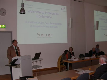 Karl Kuhn welcoming participants to the ProMenPol Conference